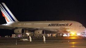 """Máy bay Air France hạ cánh khẩn cấp ở Kenya vì sợ """"bom"""""""