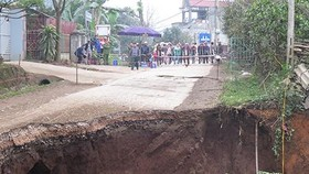 Households evacuated due to sink hole