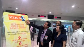 Health Minister inspects Zika prevention measures in airport