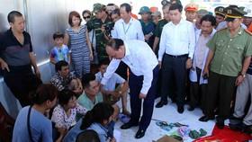 Boat capsizes in Đà Nẵng, three dead