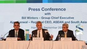Standard Chartered cam kết đầu tư mạnh ở Việt Nam