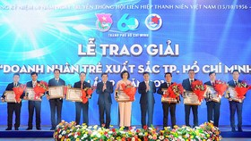 HCMC honors 10 excellent young entrepreneurs this year