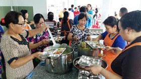 Charitable kitchen to provide free meals for poor people