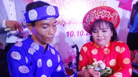 Six disabled couples get dream wedding in HCMC