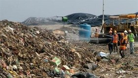 Stench from lakes, landfills, road dust threatens health of residents