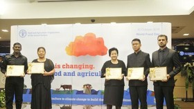 Bà Phạm Thị Huân được FAO vinh danh