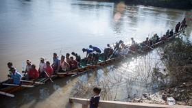 Cambodia holds traditional boat race