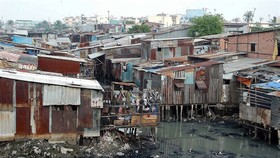 City to relocate 20,000 slum residents
