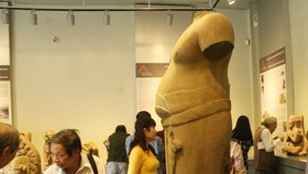 Hue reopens exhibition hall of Champa antiques