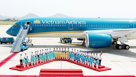 Vietnam Airlines receives its tenth Boeing 787 Dreamliner aircraft