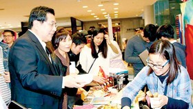 Ấn tượng văn hóa Việt ở lễ hội ASEAN