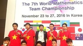Vietnamese kids win gold at maths contest