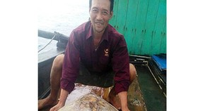 Turtle released into sea in Thanh Hoa Province