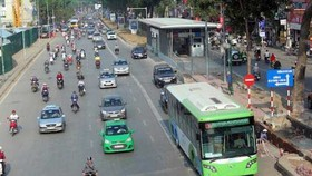Hanoi launches pilot run of first BRT route