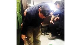 Vietnam customs officers seize 50kg rhino horns via air