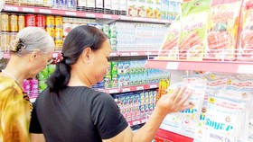 Vietnam to auction sugar import quota for 89,500 tons