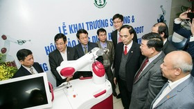 Vietnam uses robot for neurosurgery for first time