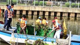 HCMC dredges inner-city canal