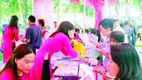 Over 6,000 travelers purchase tours directly at HCMC Tourism Day 2017