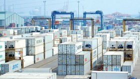 City reduces cargo delivery, receiving time at port to ease traffic jams