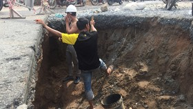 Deluge causes sinkhole in HCMC's district 9
