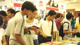 Series of Ho Chi Minh Prize-Winning Literary Works Presented