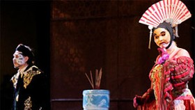 """Play of """"The Coronation"""", Special Combination of French and Vietnamese Dramatics"""