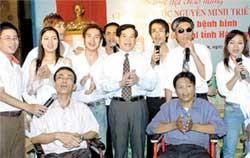 Viet Nam's Martyrs, War Invalids' Sacrifices Highly Praised
