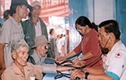 Free Medical Examinations and Medicince to Social Welfare Recipients