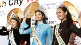International Travel Show Opens in Ho Chi Minh City