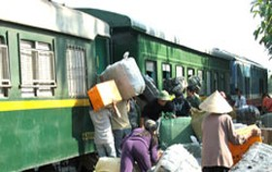 Tax-Free Trade at Viet Nam's Lang Son Border with China