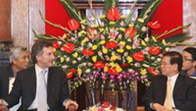 President lauds Ha Noi-Buenos Aires bilateral cooperation