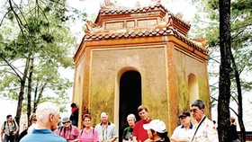 Grab opportunity: Vietnamese tourism