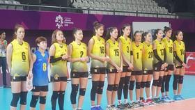 Các chân dài bóng chuyền Việt Nam ra quân trận đầu tiên.