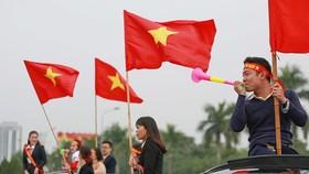 Mỹ Đình tràn ngập sắc đỏ - vàng trước trận chung kết AFF Cup