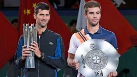 Hạ Borna Coric, Djokovic vô địch Thượng Hải Masters lần 4