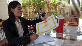 Cô Huế nói chặng đường lấy lại danh dự rất gian nan bởi bị trù dập có hệ thống mà nặng nề nhất là phòng GD-ĐT huyện Lệ Thủy.