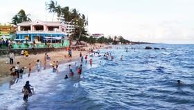 Phú Quốc luôn thu hút đông đảo du khách trong và ngoài nước đến du lịch