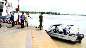 Tìm thấy thi thể đại úy công an mất tích trong vụ tai nạn ca nô trên sông Hậu