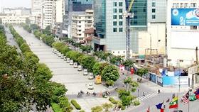 Kiến nghị xây cầu vượt hoặc hầm cho người đi bộ từ đường Tôn Đức Thắng qua Nguyễn Huệ, Hàm Nghi