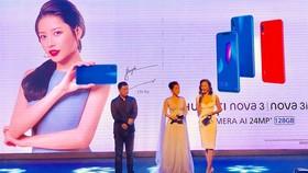 Chi Pu tại sự kiện ra mắt Huawei Nova 3i