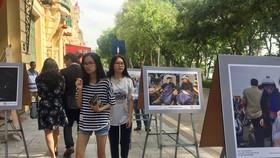 """Phát động cuộc thi ảnh """"Người Hà Nội ứng xử thanh lịch, văn minh 2018"""""""