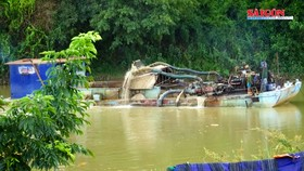 Cần xử lý nghiêm việc khai thác cát ở huyện Krông Nô
