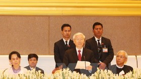 Party General Secretary Nguyen Phu Trong speaks at the banquet hosted by Myanmar President Htin Kyaw (Photo: VNA)