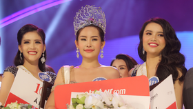 Tien Giang's young woman wins Miss Vietnam Ocean 2017