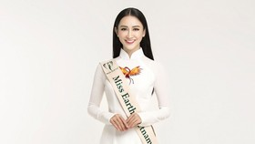 Ha Thu wins five medals at Miss Earth 2017