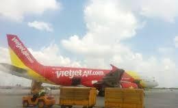 Air tickets for Tet flights are still available. (Photo: KK)