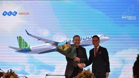FLC Group introduces its logo recognition for Bamboo Airways (Photo: FLC)