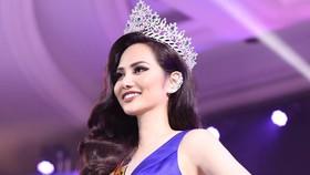 "Nguyen Dieu Linh wins ""Miss Global Tourism"" title"