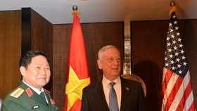 US Defence Minister James Mattis and Vietnamese Defence Minister General Ngo Xuan Lich (Source: qdnd.vn)